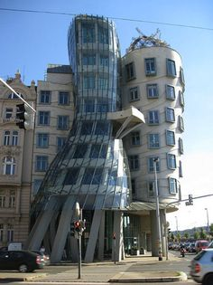 40 Amazing, Strange, Weird and Surprisingly Structurally Sound Buildings