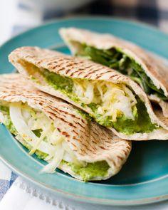 Say hello to Spinach, Hummus, and Avocado Pitas, aka the easiest. dinner. ever.