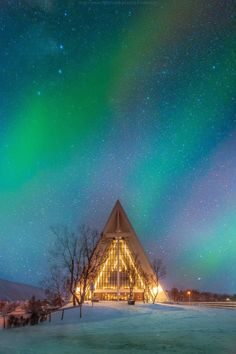 Christmas is coming, Arctic cathedral, Norway