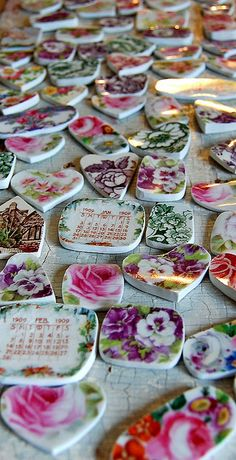broken china jewelry workshop 5 by Staffordshire Garden / Shari Replogle, via Flickr