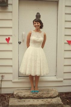 I love the dress length and lace...maybe not all the way to the shoulders. And how cute is the colour pop with those shoes? [Bridal Bliss Designs #Etsy lace tea length retro style wedding dress]