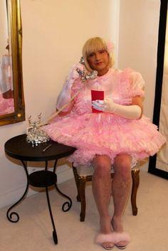 Sissy Stepford Wife is an amazing sissy maid hypnosis mp3.