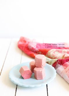 EASY, Paleo, and Healthy! These Strawberry Ice Cream Bon Bons are made with 3 ingredients - strawberries, coconut oil, and bananas, with a special simple twist that makes them sound absolutely amazing. strawberri ice, freeze dried strawberries, dessert