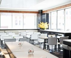 LEMAYMICHAUD | GERMAIN | Calgary | Architecture | Design | Hospitality | Hotel | Cafeteria | Seating | Eatery | Restaurant |