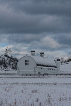 .One of my favorite barns of all time! DH Day Farm, Glen Arbor, MI