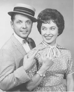 <3  Uncle Al and Captain Wendy. WCPO Channel 9 #Cincinnati  OH MY - I remember