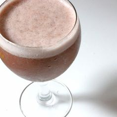 Your Fat-Burning Caffeine Break: Green Tea, Cinnamon, and Honey Smoothie Must try!