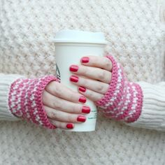 Make these simple crochet handwarmers using the spike stitch. A great project for beginners! (UK pattern)