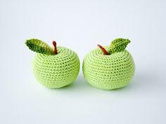 #DIY #Crochet #apple -  Gerepind door www.gezinspiratie.nl #haken #haakspiratie #knutselen #creatief #kind #kinderen #kids #leuk #crochet