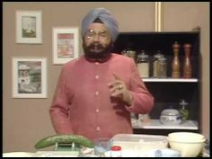 ▶ The Two Ronnies - Indian Cookery - YouTube