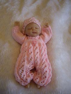 HAND KNITTED DOLLS CLOTH...