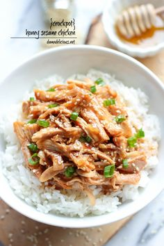 Slow Cooker Honey Sesame Chicken - Simply throw everything in the crockpot for a quick and easy, no-fuss, family-friendly meal! @Trent Johnson Johnson Johnson Butts-Ah Rhee