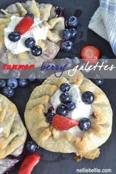 Galettes are such a simple dessert to make. And these summer berry galettes look amazing! #pie #dessert #galettes