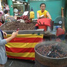 Chestnut seller @ Petaling Street, Kuala Lumpur.