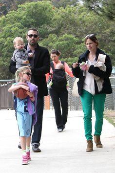 Happy Family! Ben Affleck & Jennifer Garner