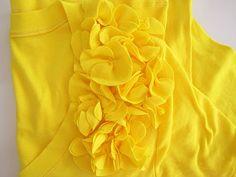 Flutter flower shirt craft, tutorials, flower shirt, tshirt redo, sew project, shirts, flutter flower, flowers, shirt tutori