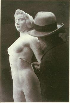 Brassaï, Maillol at work, Ile de France, 1932