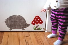 Tutorial for making fabric wall decals.. Removeable! Love it!