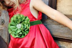 Holiday Flower Belt in Pine Green