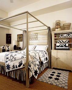 Beautiful primitive bedroom...