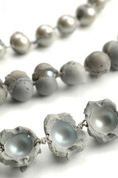 Laura Deakin, Contemporary Jewellery - Work - Pearl Series