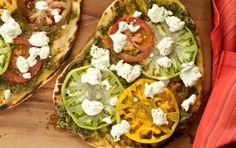 Heirloom Tomato & Pesto pizza