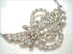 YUM Delightful Icy Rhinestone Necklace  by bodaciousjewels on Etsy, $38.00 #vjse2 #vintage #brides #jewelry #boebot #bestofetsy