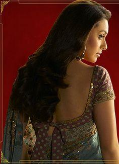 Rani Mukherji in a dramatic sari blouse design    sari accessories saree blouse design saree blouse bollywood saree
