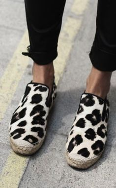 leopard shoes, fashion, summer shoes, espadrilles, leopards, leopard espadrill, animal prints, leopard prints, black pants