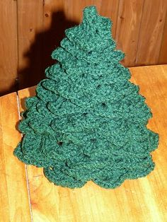 crocheted Christmas tree tutorial