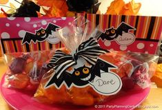 bat treat toppers