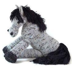 free pattern, patterns, knit toy, knitting, ponies, craft idea, knit daili, connemara poni, kids toys