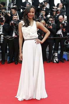 At the Grace of Monaco premiere, Zoe Saldana looked breezy and elegant, just like Cannes!