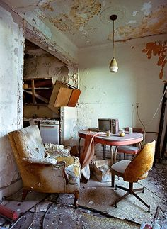 abandoned dining rooms, room 1504, lee plaza, ruins, apartments, detroit, plaza hotel, yves marchand, hotels