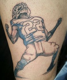 David from Facebook sent us this Infredible Hulk tattoo.