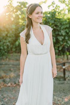 Photography: Matt Edge Wedding Photography - www.mattedgeweddings.com  Read More: http://www.stylemepretty.com/2014/11/15/casual-st-helena-farm-to-table-wedding/