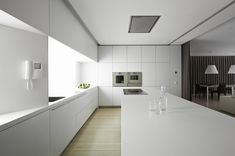 Cucina moderna total white. #rifarecasa #maistatocosifacile grazie a #designbox & #designcard #idfsrl