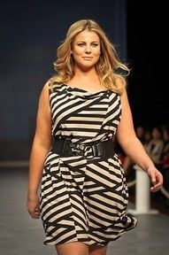 beautiful plus size fashion, love this and love how she looks
