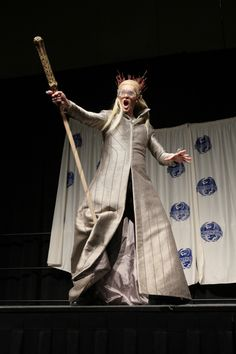 "Hilarious LOTR ""party elf"" Thranduil costume at DRAGON*CON 2013"