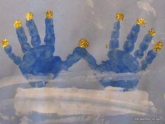 Hanukkah: handprint menorah - such a cute rendition of a menorah