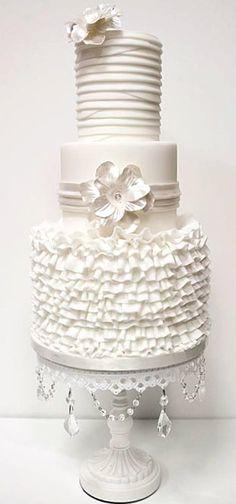 Wedding ● Cake ● Winter White