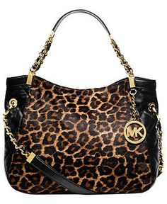 Michael Kors Handbag... Adorable!