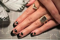 Chic nail art for your engagement photo!