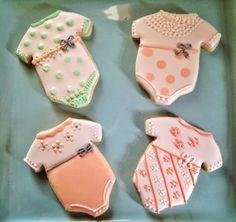 Here is the peach set of baby onesie cookies.