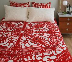 Gorgeous patterned bedspread