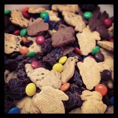 Bunny Graham Trail Mix/Kid Friendly Foods