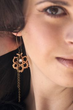 Vintage tatted lace earrings