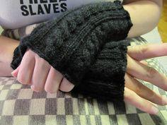 Glamorously Easy Cabled Fingerless Gloves