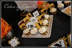 Cupcakes at a Construction Party #construction #partycupcakes