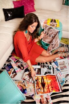 fashion stylist Melanie Pace // magazines // girly glam living room